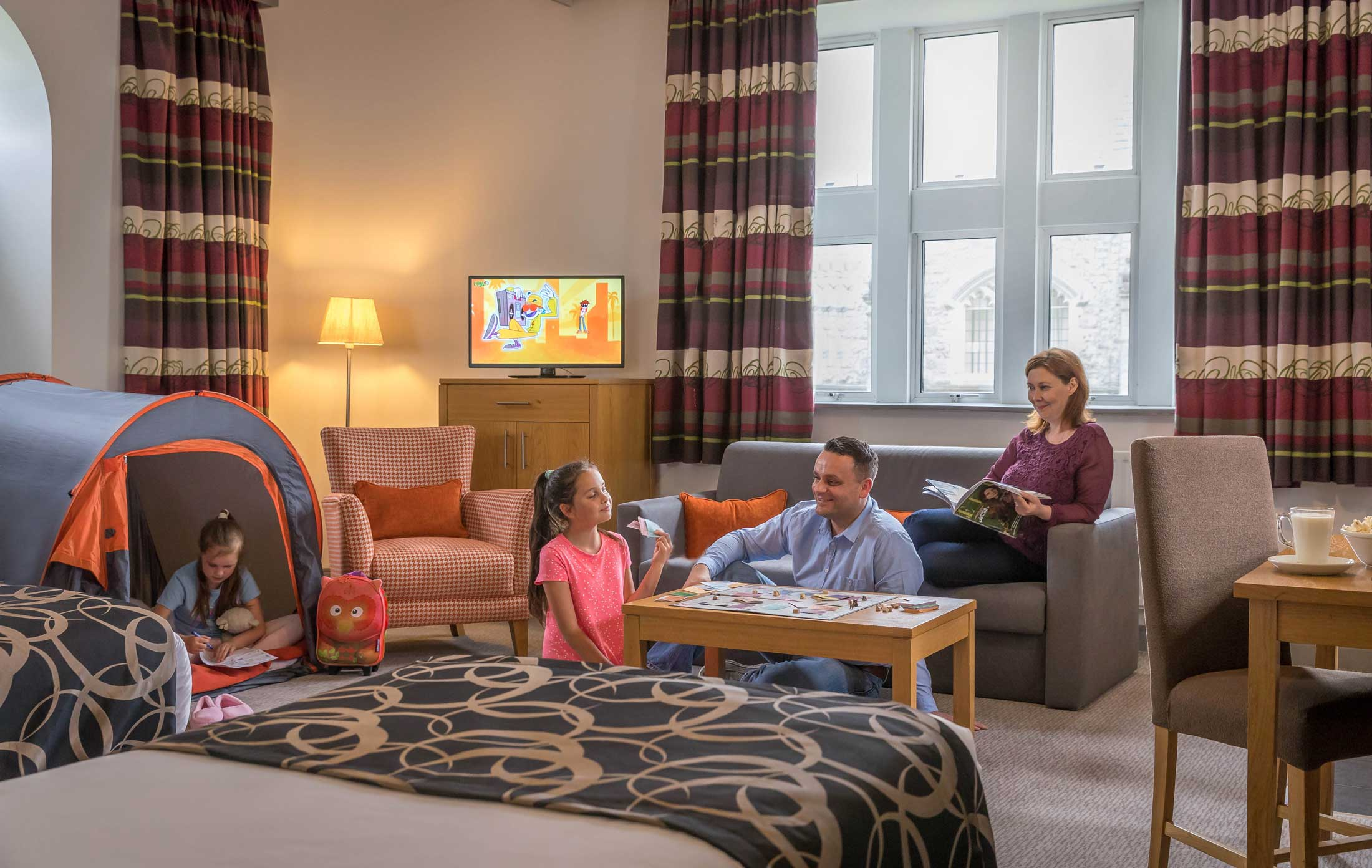 family-tent-at-Clayton-Hotel-Sligo